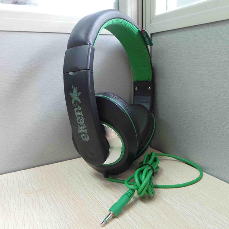 Custom Heineken Headphone